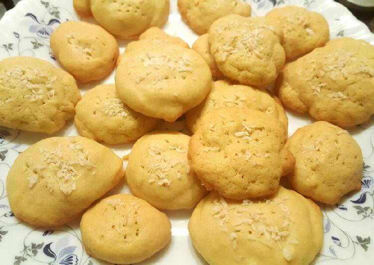 Steps to Prepare Speedy Homemade cake mix biscuits ☺