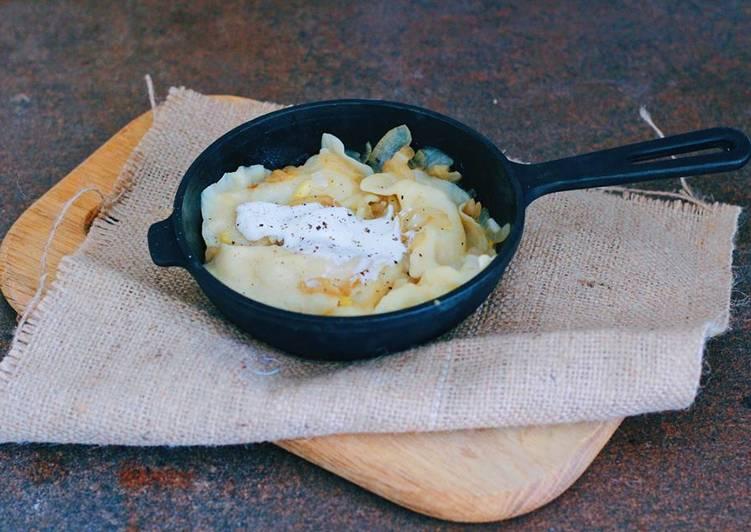 """5 Minute Recipe of Favorite """"Vareniki"""" or dumplings with potatoes"""