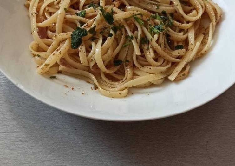 Ricetta Spaghetti con pancetta e pane tostato