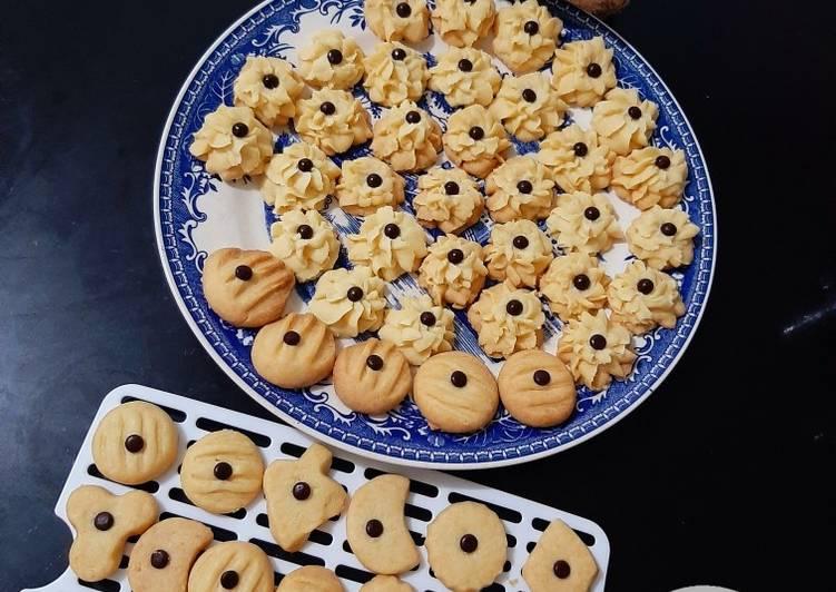 Butter Cookies Semprit Dahlia dan Bentuk-bentuk.. Eggless