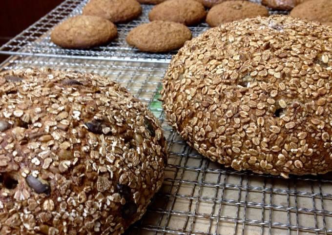 Roggenmischbrot / Rye Bread with Wild Grape or Raisin Yeast [Bakery Recipe]