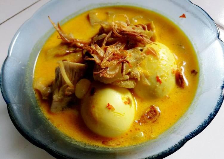 Gulai Nangka, kikil & telur