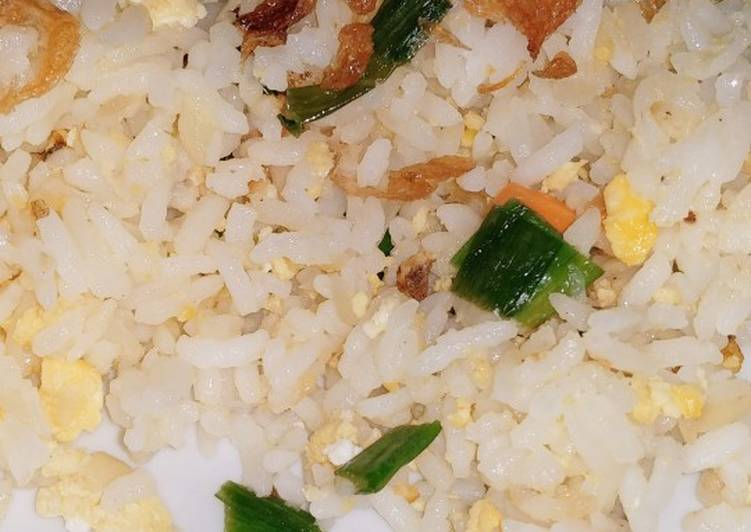 Resep Nasi goreng putih (balita friendly) Bikin Jadi Laper