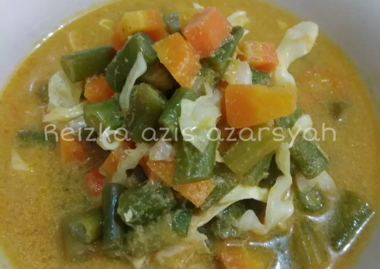 Lodeh wortel buncis dengan kol