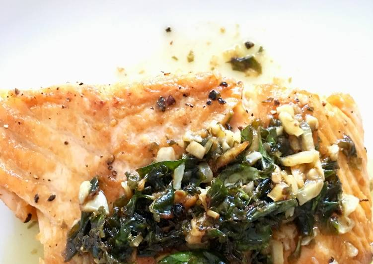 Recipe: Yummy Salmon with Garlic Butter and Capers
