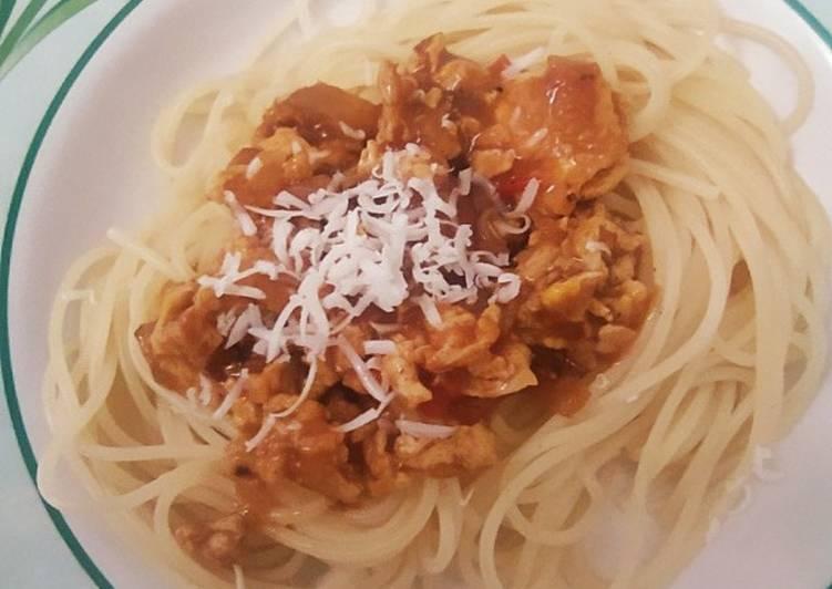 Spaghetti with Saos Bolognese Homemade Simple