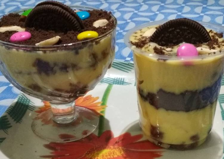 Custard Chocolate Biscake Pudding