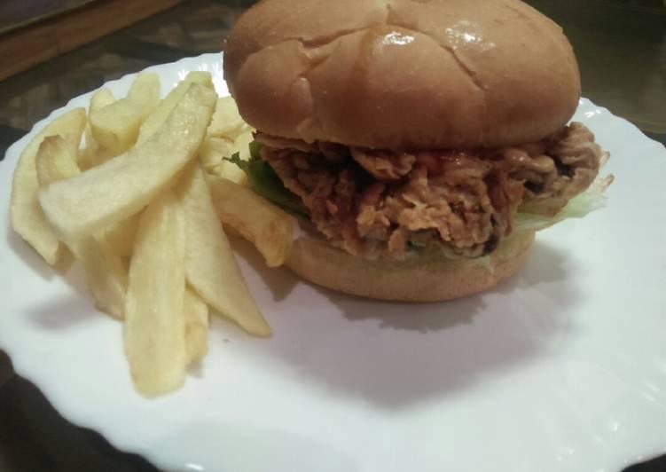 Easiest Way to Prepare Award-winning Crispy Zinger Burger Kfc