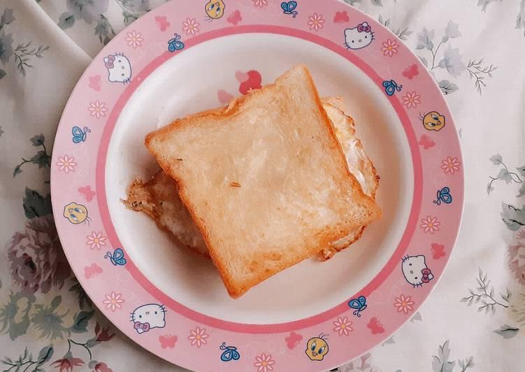 Sandwich Telur Keju Simple