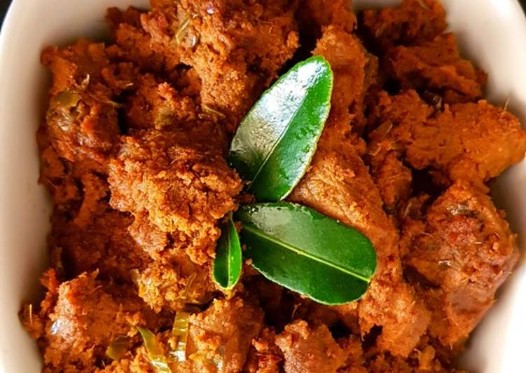 How to Cook Delicious Meat Rendang