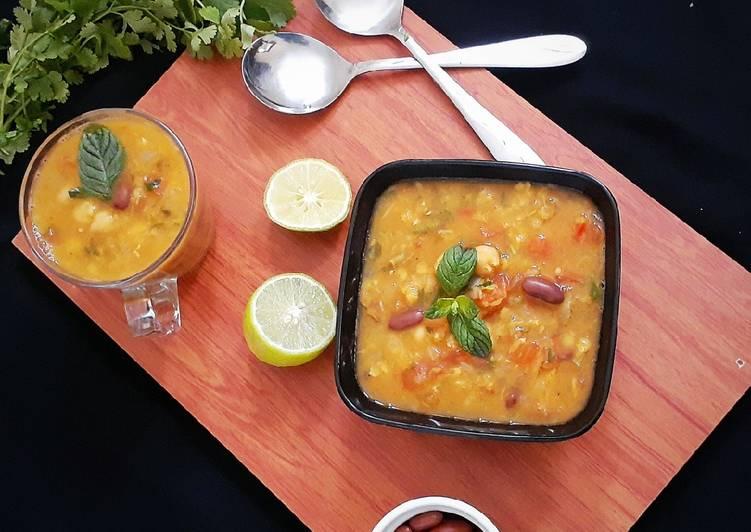 Moroccan Lentil & Chickpea Soup(Harrira)