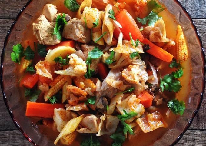 Tomyam Ayam & Sayur