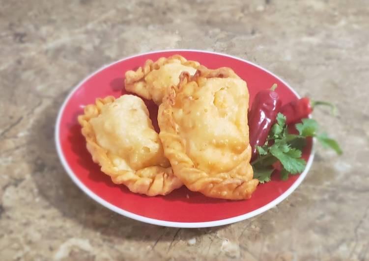 Empanadas camarón queso y ostión queso
