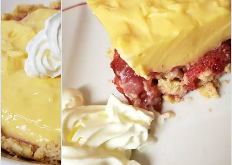 How to Prepare Favorite My Strawberry and Custard no bake tart. 😋