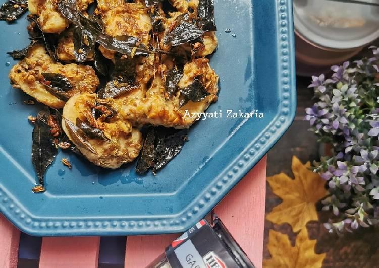 Resepi:  Ayam goreng berempah  2021