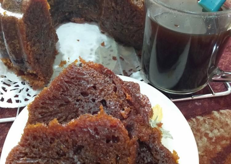 cara mengolah Bolu karamel (sarang semut) - Sajian Dapur Bunda