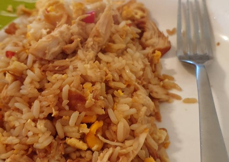 Recipe of Super Quick Homemade Egg fried rice... and some chicken