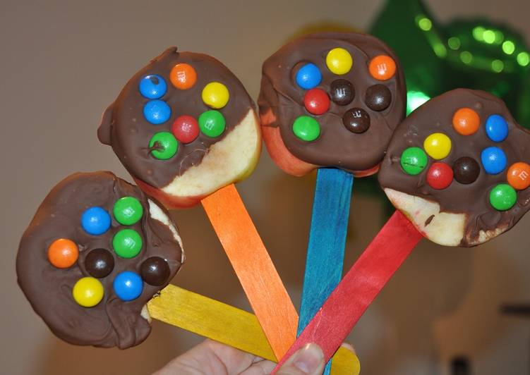Recipe of Award-winning Chocolate Apple lollies