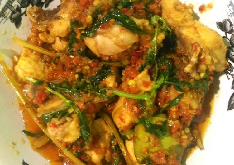 Cara Mengolah Ayam rica rica pedas kemangi, Lezat Sekali