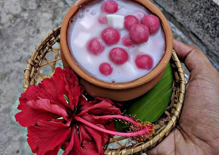 Hibiscus Thai rice balls dunk in coconut milk