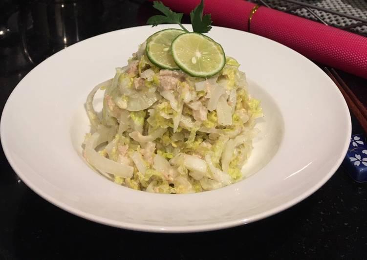 Sawi putih tuna salad