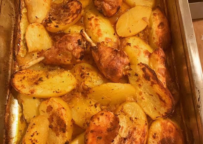 Pillons de poulet et pommes de terre au four