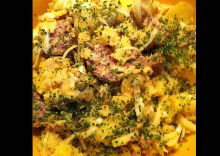 Salade de pommes de terre paysanne à la saucisse de morteau