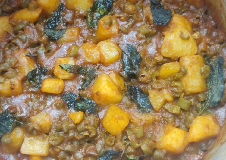Easiest Way to Prepare Homemade Beans Potato Curry