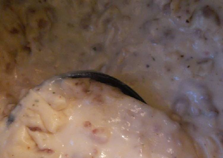 Easiest Way to Make Yummy Biscuits and gravy