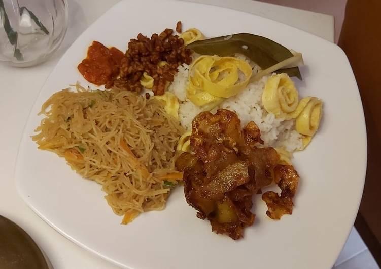 Nasi Uduk Rice Cooker (Magic Com)