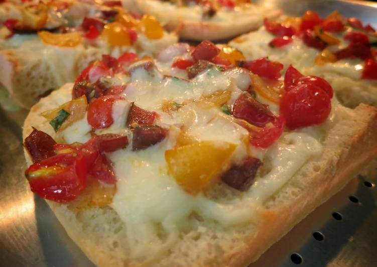 Quick & Easy Fresh Tomato Focaccia Pizza