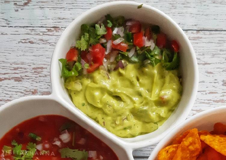 Try Using Food to Boost Your Mood Guacamole