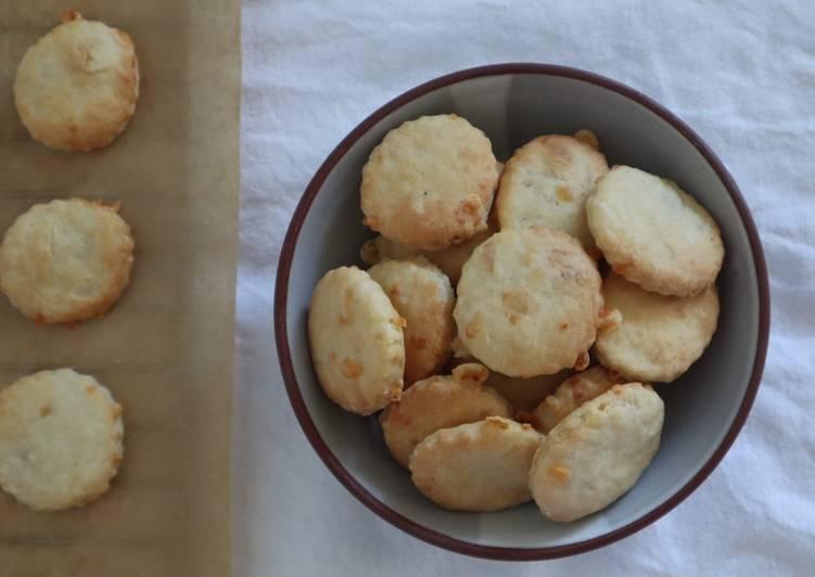 Recipe: Yummy Käse-Cracker 🧀