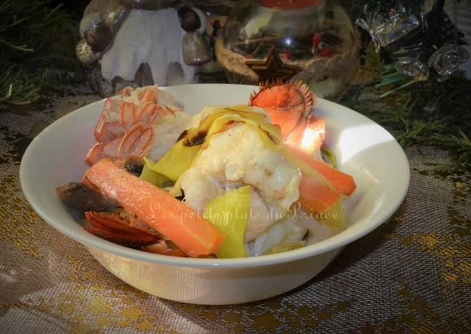 Cocotte lotte et homard en sauce crémée pour le Nouvel An