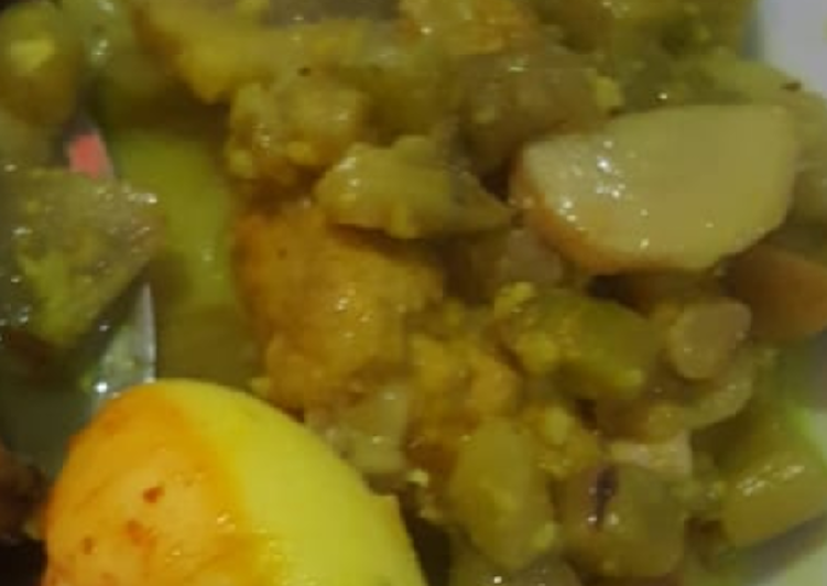 Tumis kari batang keladi dan telur