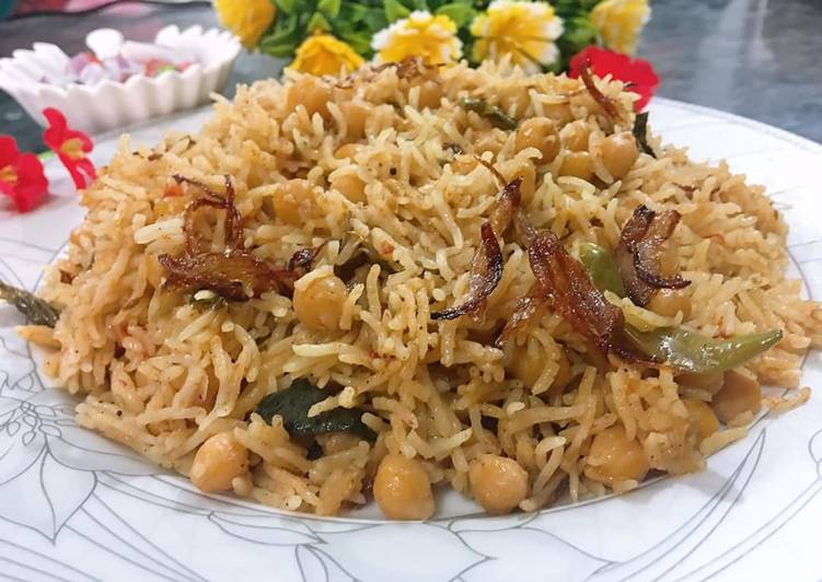 Recipe of Any-night-of-the-week Chana biryani