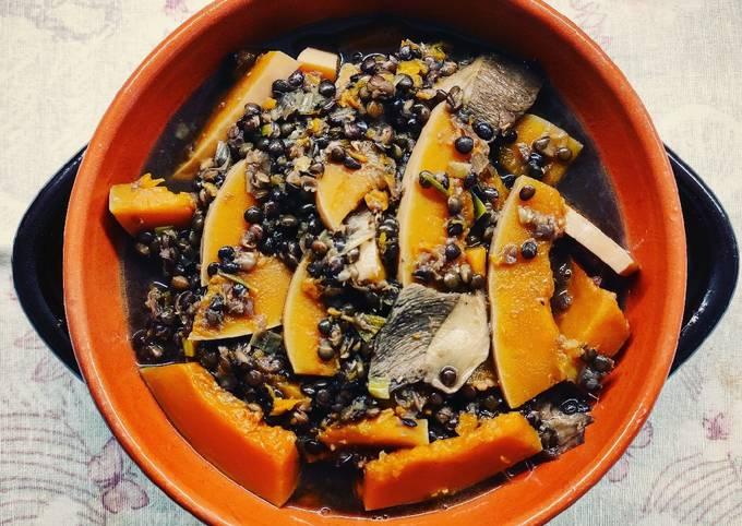 Zuppa di lenticchie beluga, zucca e porcini