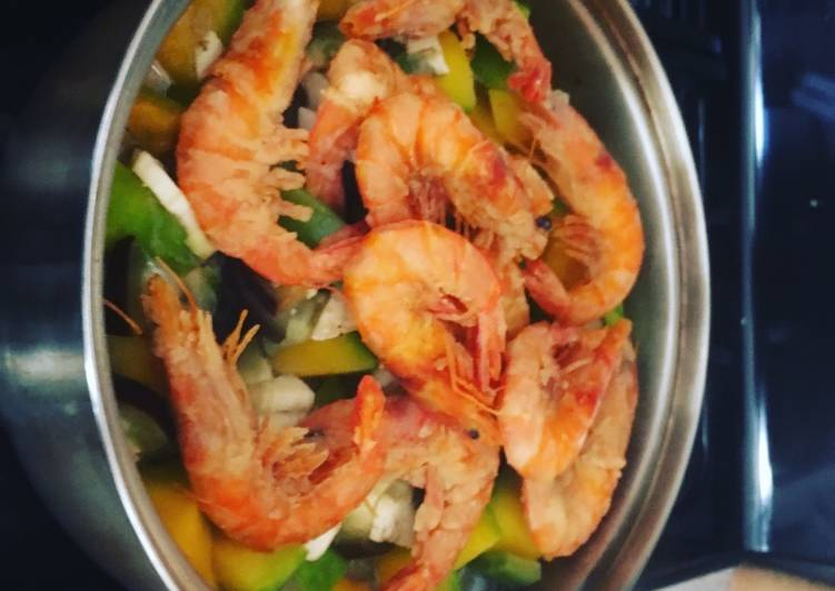 Step-by-Step Guide to Prepare Perfect Thai Prawns w coconut milk n vegetables