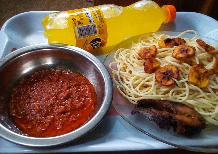 Simple Way to Prepare Award-winning Signature fish sauce spaghetti and fried plantain