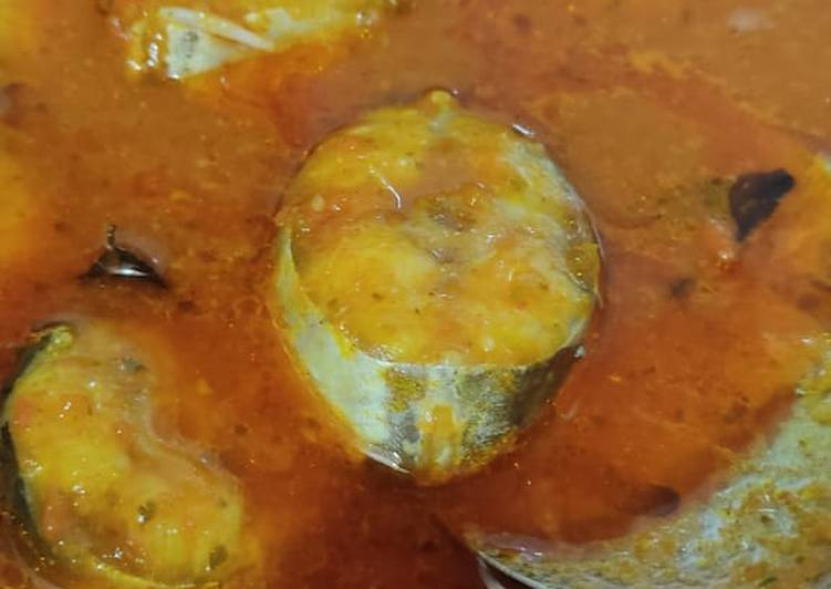 Steps to Prepare Favorite Fish curry