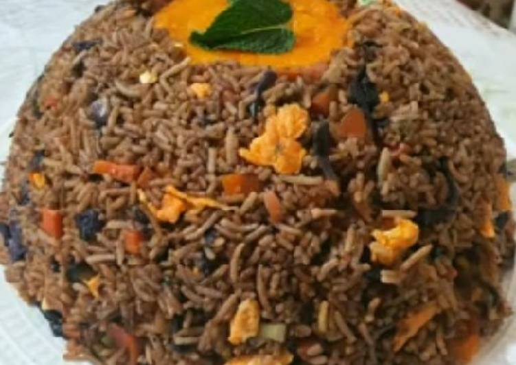 Volcano rice with pepper sauce