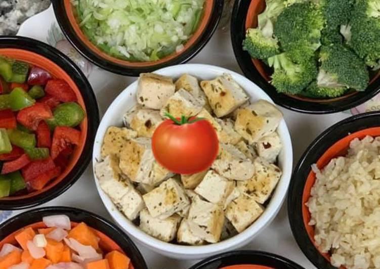 Healthy Tofu & Veggie Soup 🥣