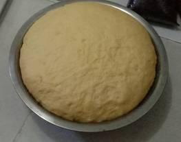 Adonan untuk roti goreng, bakpao, roti tawar, roti dg berbagi macam isian, donat