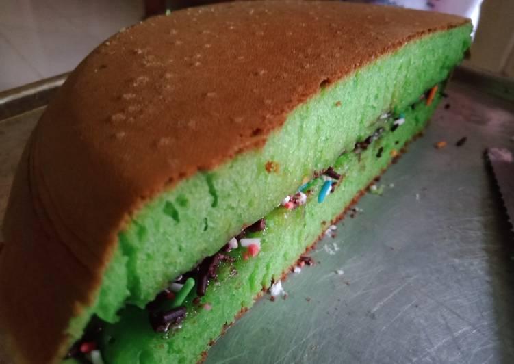 Martabak manis pandan/ kue bandung bersarang
