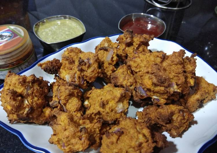 Recipe: Delicious Oats Khichdi Pakora without oil (Healthy)