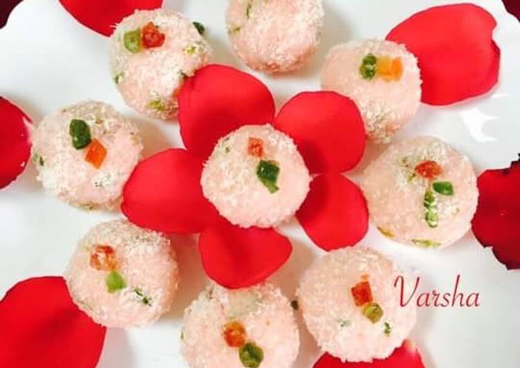Coconut Dry fruits laddu