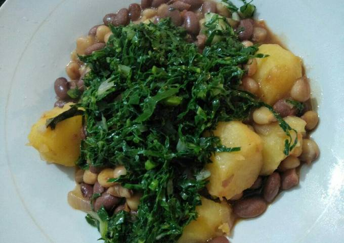 Stewed potatoes githeri with greens