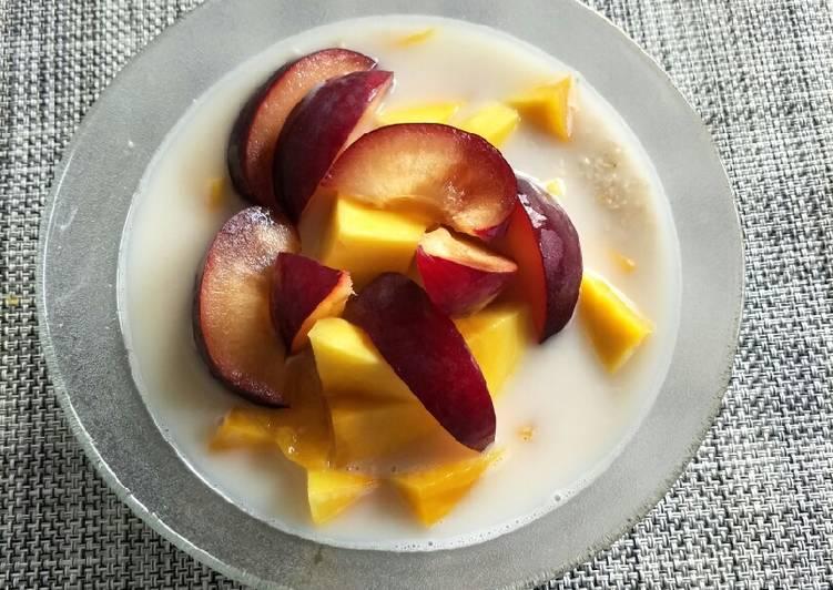 Milk mixed fruit oat