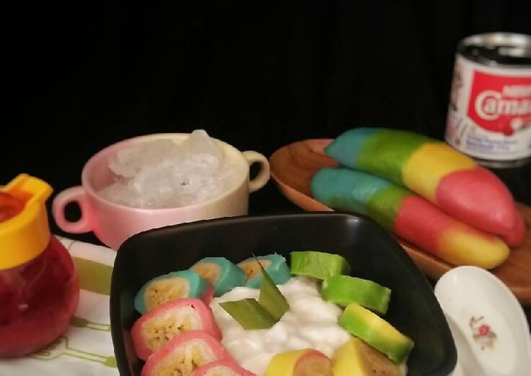 Es Pisang Pelangi khas Makasar(es pisang ijo)