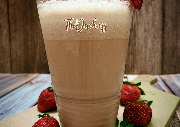Fresh Strawberry Milk Tea (Chilled) - resepipouler.com
